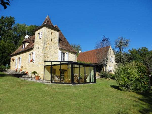 2 BEAUTIFUL STONE COTTAGES + SWIMMING-POOL