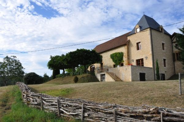 IN A FABULOUS LOCATION WITH WONDERFUL VIEWS ACROSS THE VALLEY, EXCEPTIONNAL PROPERTY WITH 3 GITES, M