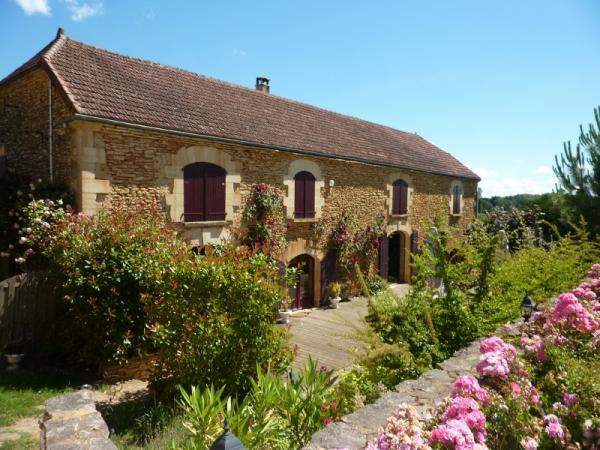 IDEAL BUSINESS, 5 BetB, RESTAURANT, 4 BEDROOM GITE, MAIN HOUSE et ACRES OF LAND ONLY 10 MINUTES AWAY